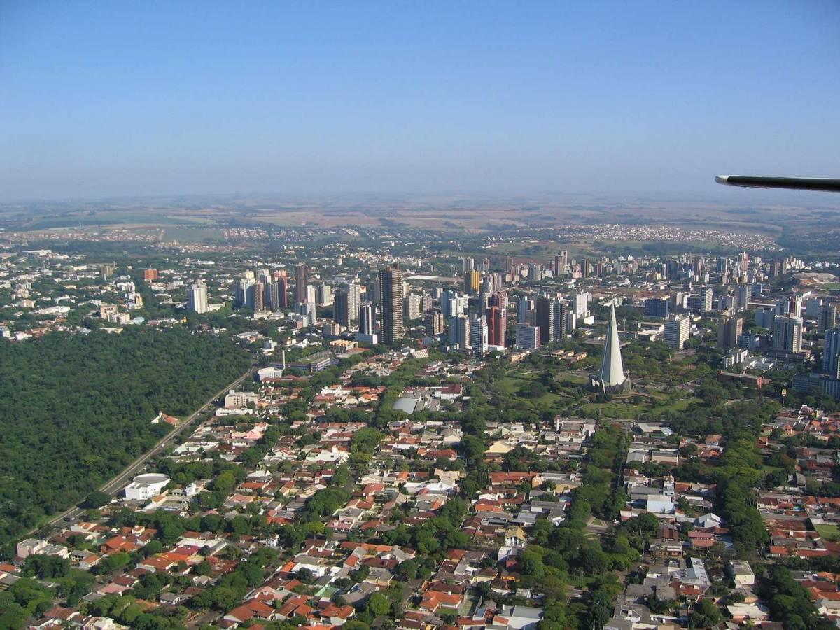 Armarios Sin Puertas Baratos ~ Foto de Maringá, Brasil