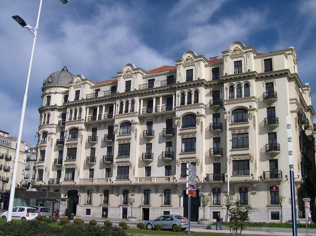 Foto de santander cantabria espa a for Banco santander abierto sabado madrid
