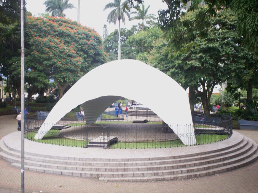 Resultado de imagen de qUIOSCO PARQUE DE ALAJUELA