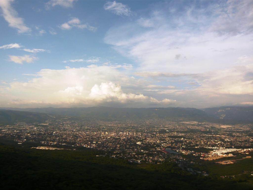 una imagen que agarré de Google , es de Tuxtla Gutiérrez , mi ciudad