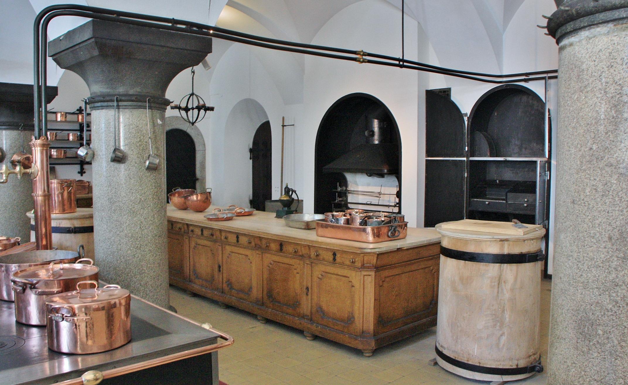 Foto cocina del castillo de neuschwanstein - Cocinas castillo ...