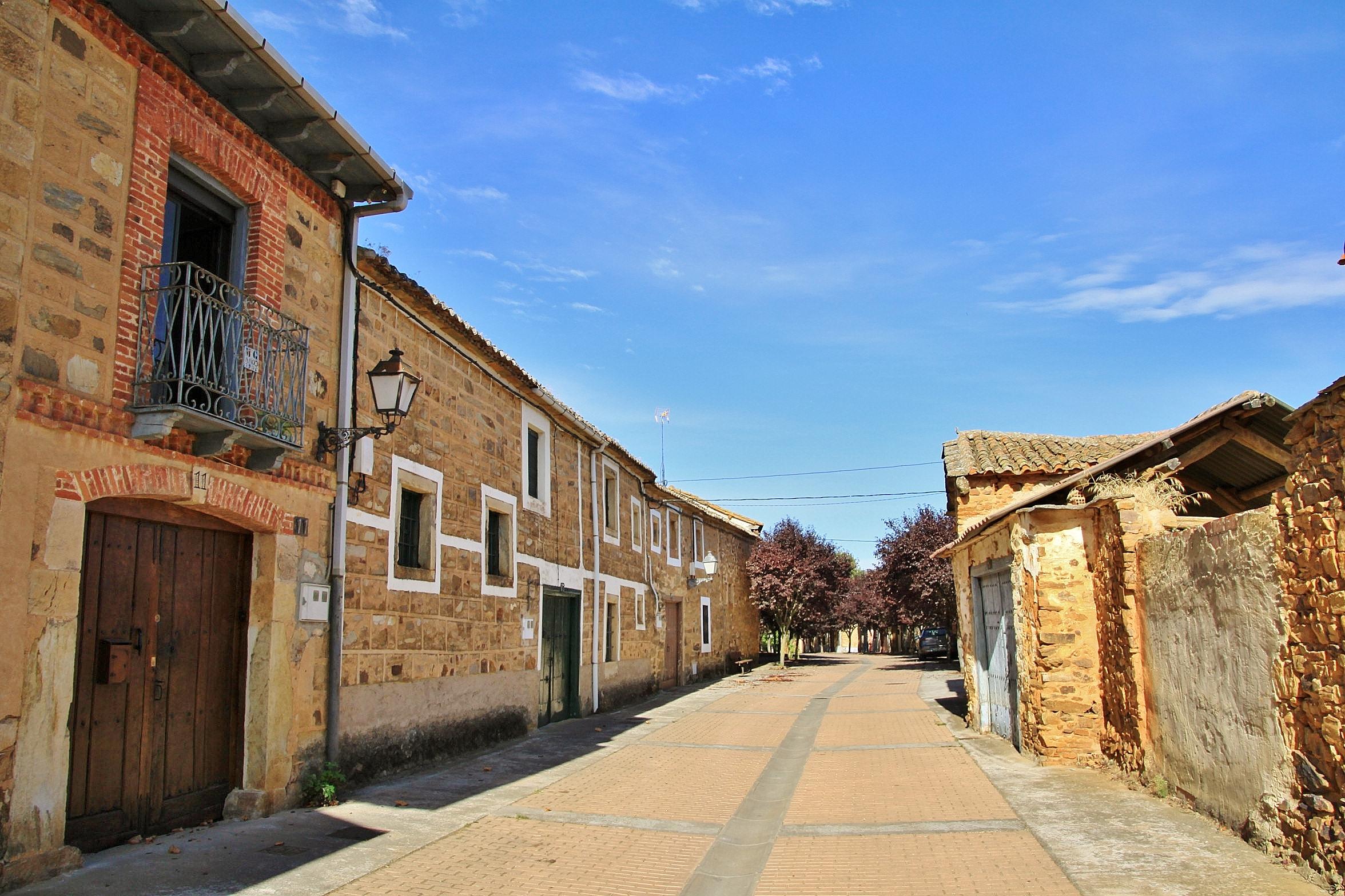 Foto centro hist rico murias de rechivaldo le n espa a - Centro historico de madrid ...