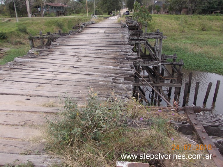 Foto: Puente madera Vedia - General Vedia (Chaco), Argentina