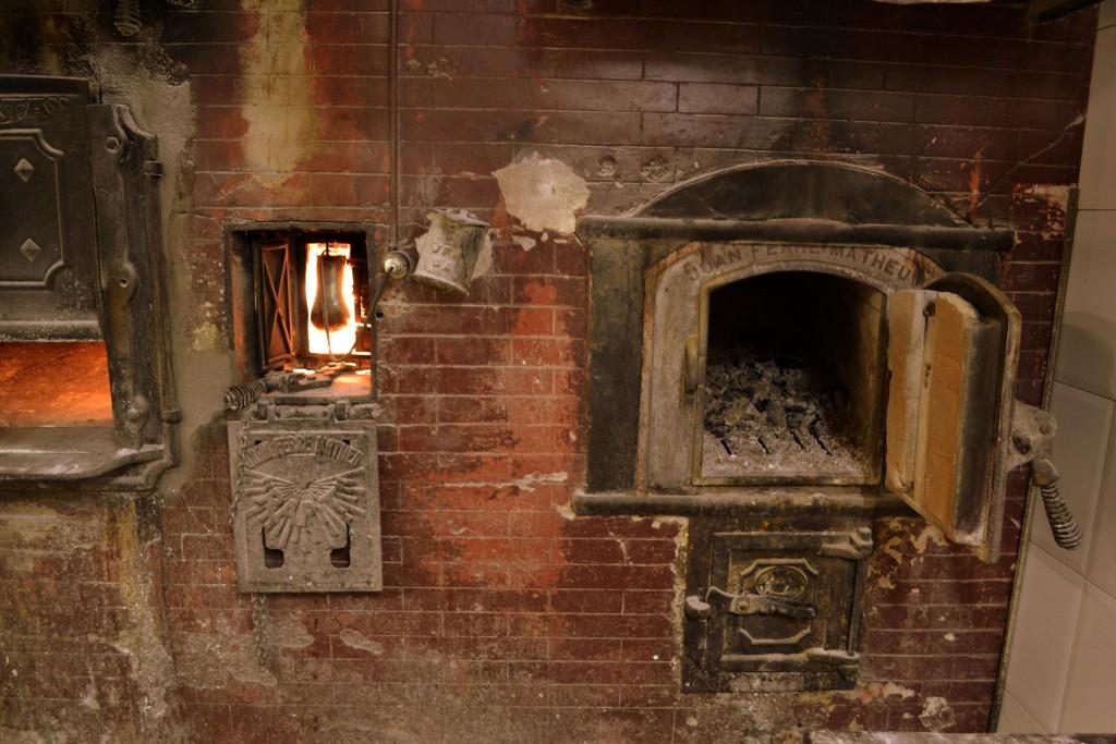 Foto antiguo horno de pan el pla de manlleu tarragona - Fotos hornos de lena ...