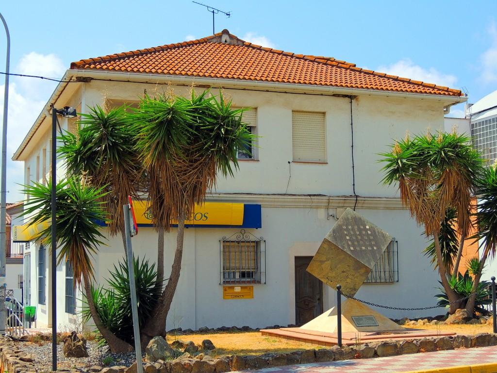 Foto oficinas de correos los barrios c diz espa a for Oficina correos cadiz