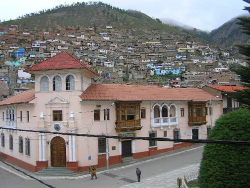 Foto de tarma per for Municipalidad de tarma